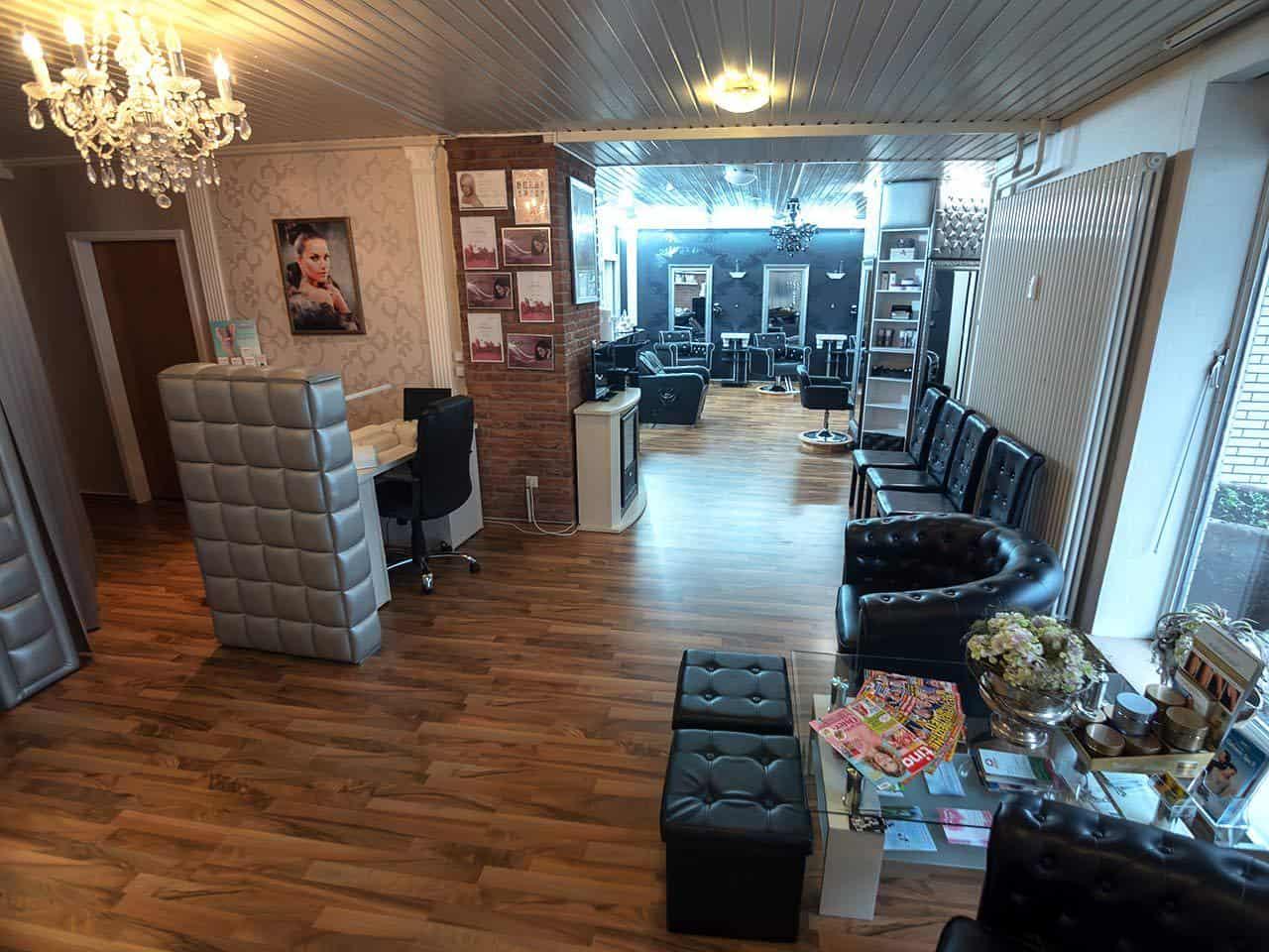 Haarstudio Barock Salon Eingang